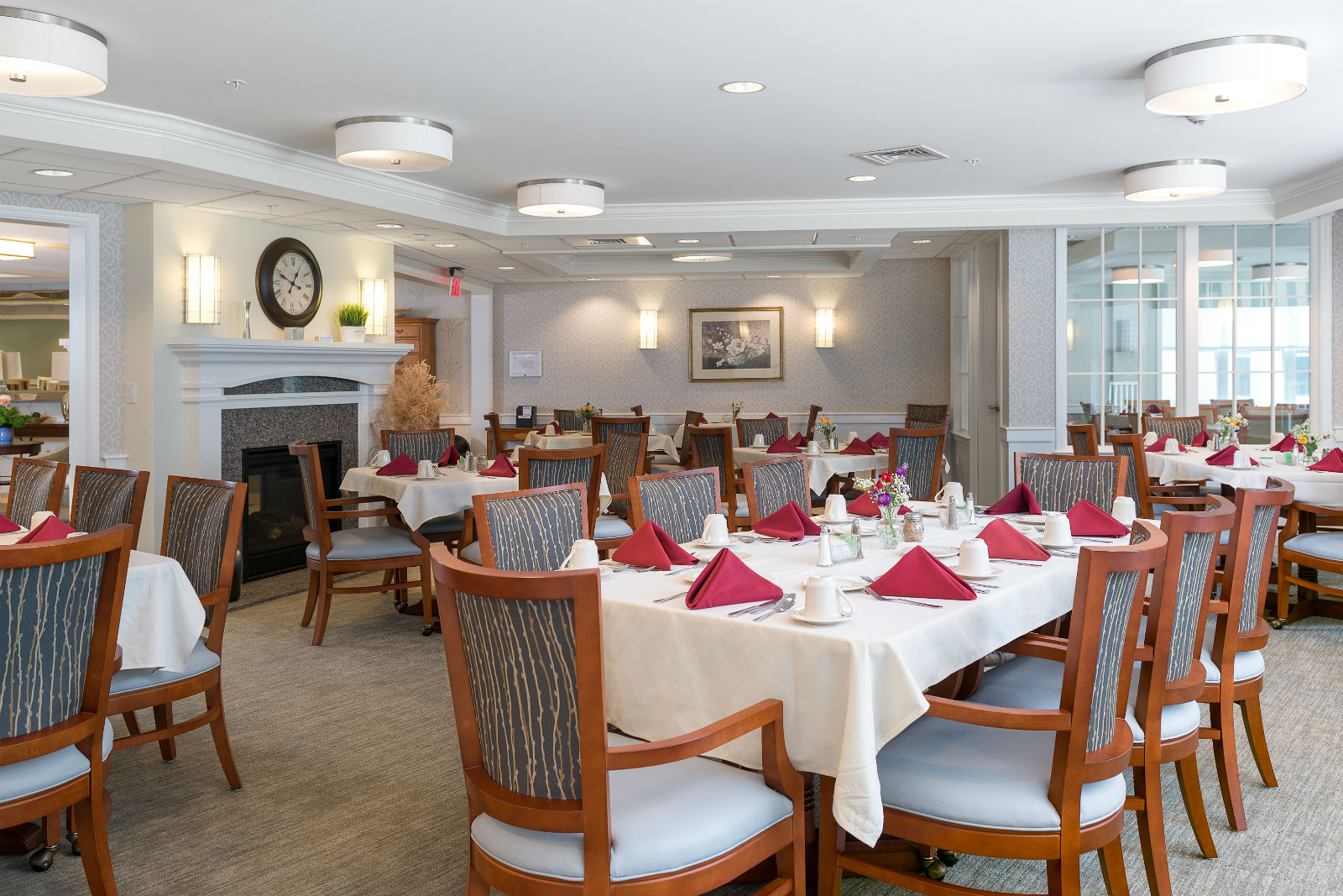 Common dining room at Scott-Farrar Independent & Assisted Living in Peterborough, NH