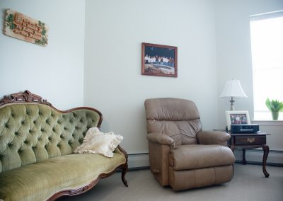 An example of an independent living resident room at Scott-Farrar
